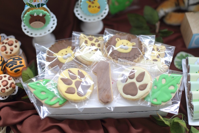 """Jungle-inspired Cookies from a """"King of the Jungle"""" Birthday Party on Kara's Party Ideas 