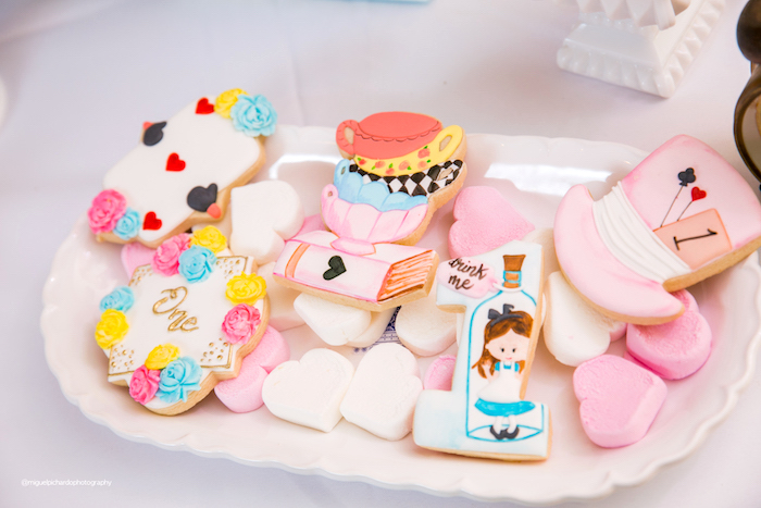 Alice in Wonderland Themed Cookies from an Alice in Wonderland Tea Party on Kara's Party Ideas | KarasPartyIdeas.com (12)