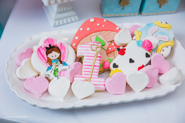 Alice in Wonderland Themed Cookies from an Alice in Wonderland Tea Party on Kara's Party Ideas | KarasPartyIdeas.com (10)
