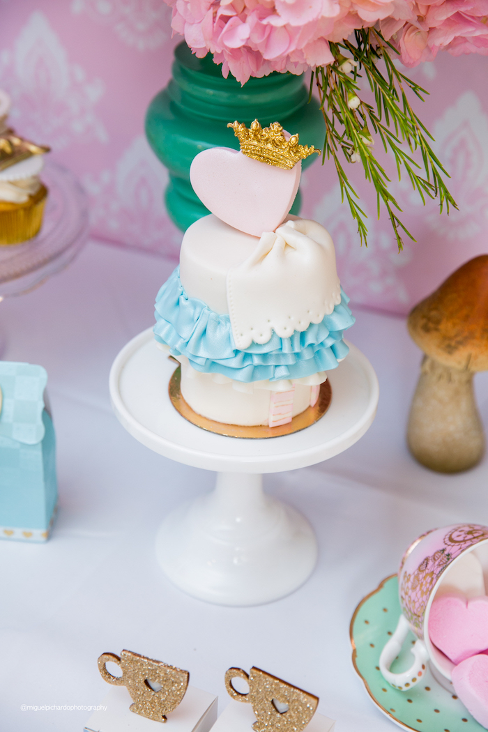 Mini Alice in Wonderland Cake from an Alice in Wonderland Tea Party on Kara's Party Ideas | KarasPartyIdeas.com (40)