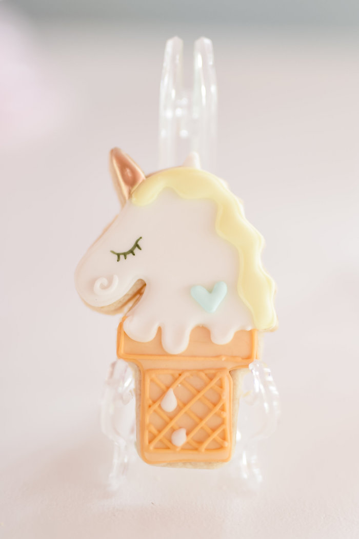 Kara S Party Ideas Dream Believe Amp Wish Pastel Unicorn