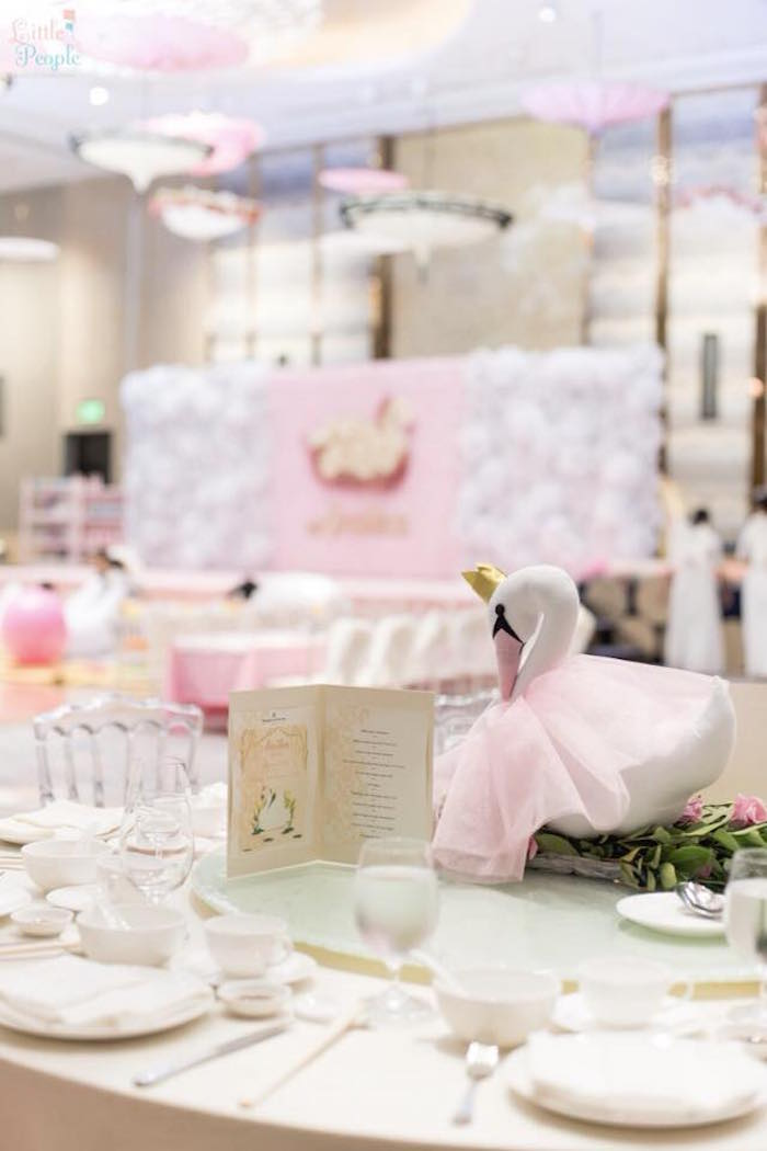 Swan-inspired guest table from a Dreamy Swan Birthday Party on Kara's Party Ideas | KarasPartyIdeas.com (10)