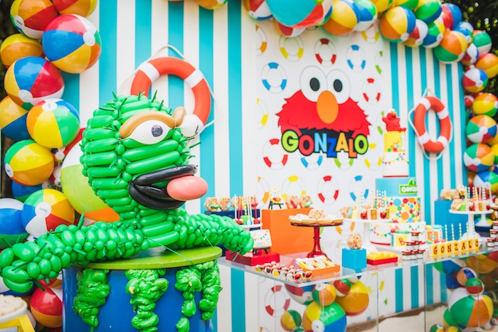 Oscar The Grouch Balloon Installation from Elmo's Super Splash Birthday Party on Kara's Party Ideas | KarasPartyIdeas.com (12)