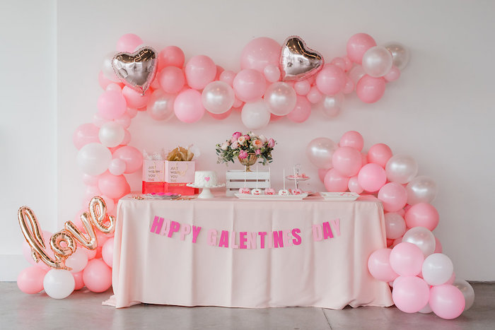Kara\'s Party Ideas Valentine\'s Day Dessert Table from a ...