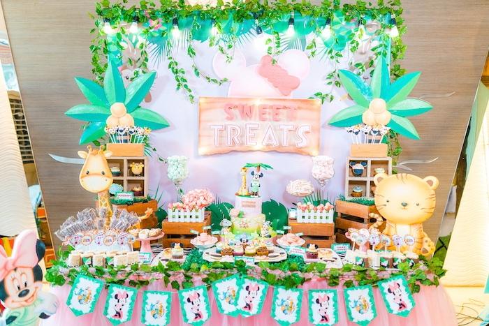 Minnie Mouse Safari Birthday Party on Kara's Party Ideas | KarasPartyIdeas.com (12)