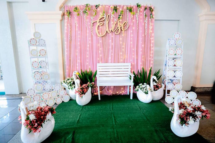 Swan Photo Booth from an Elegant Swan Soiree on Kara's Party Ideas | KarasPartyIdeas.com (11)