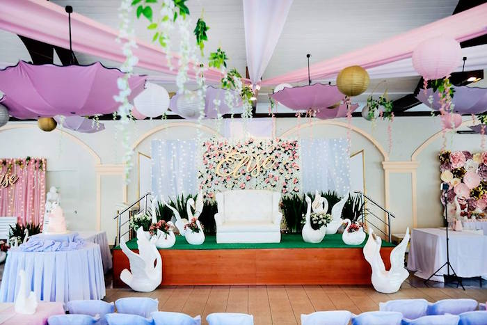Swan Lounge from an Elegant Swan Soiree on Kara's Party Ideas | KarasPartyIdeas.com (7)