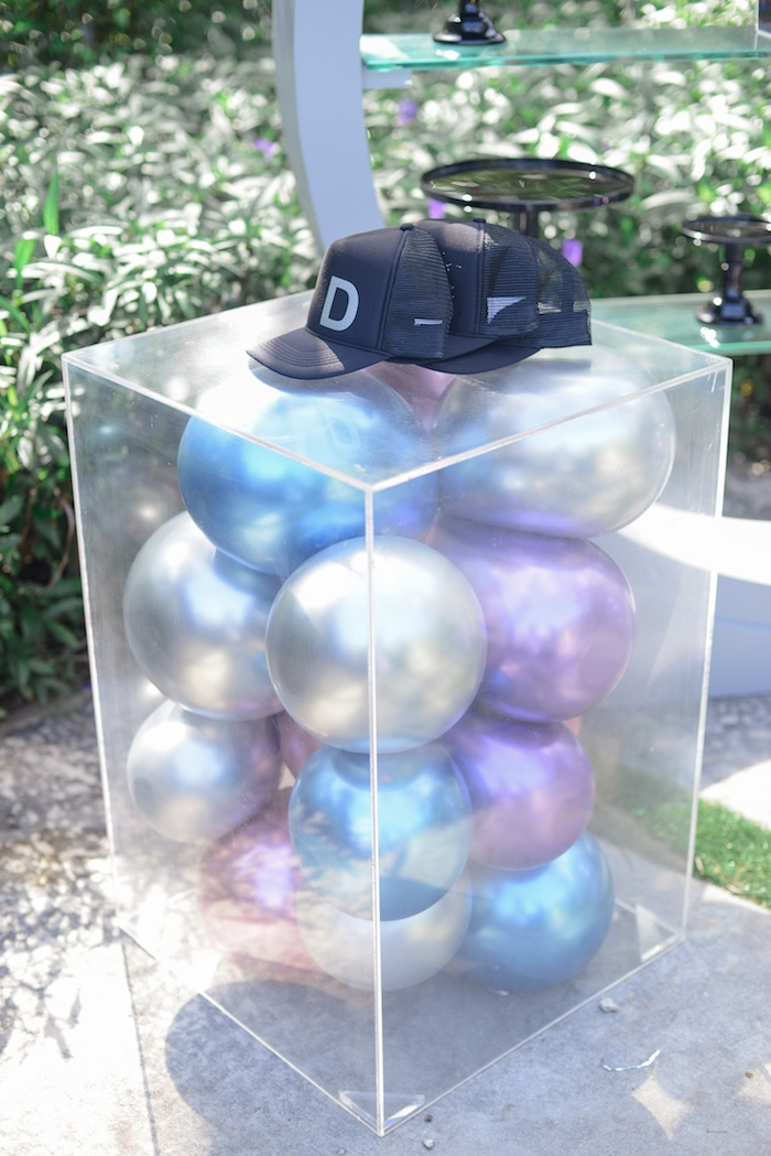 "Balloon Pedestal Table from a Galactic ""Out of this World"" Birthday Party on Kara's Party Ideas 