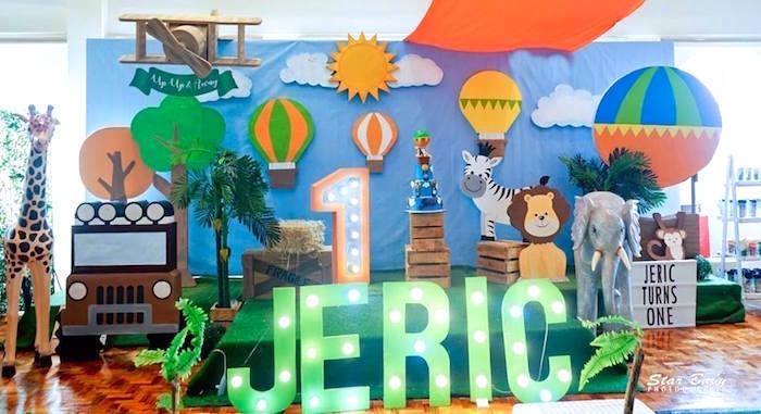 Hot Air Balloon Backdrop from a Hot Air Balloon Safari Birthday Party on Kara's Party Ideas | KarasPartyIdeas.com (10)