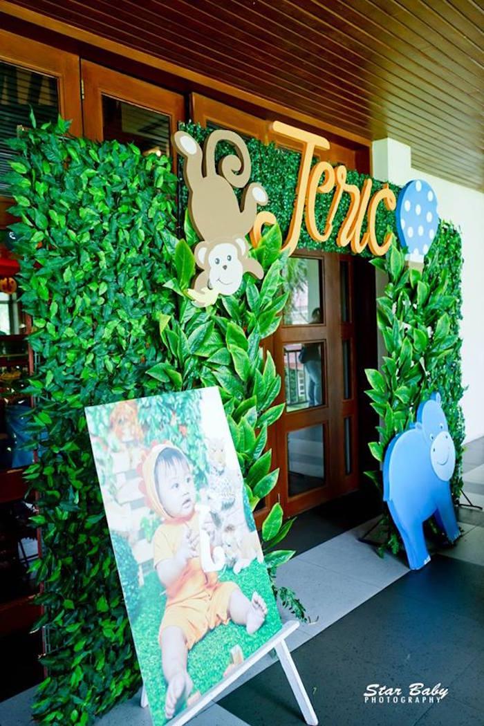 Jungle Arch from a Hot Air Balloon Safari Birthday Party on Kara's Party Ideas | KarasPartyIdeas.com (8)