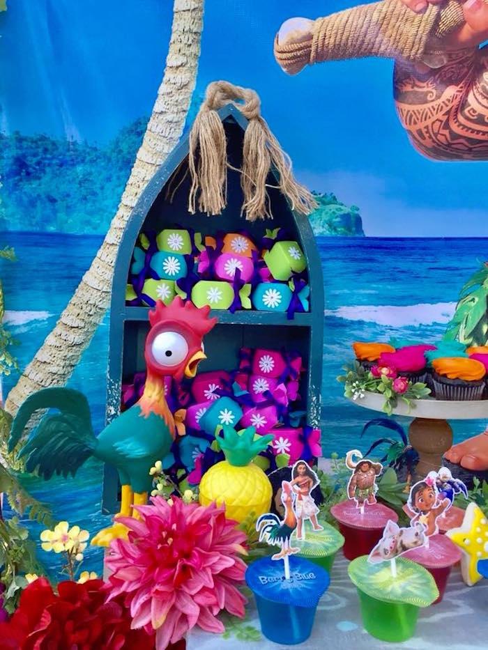 Moana Party Table Details from a Moana Birthday Party on Kara's Party Ideas   KarasPartyIdeas.com (6)