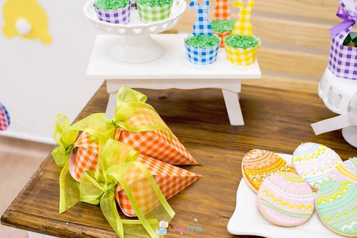 Checkered Carrot Favor Pouches from a Modern Colorful Easter Party on Kara's Party Ideas | KarasPartyIdeas.com (20)