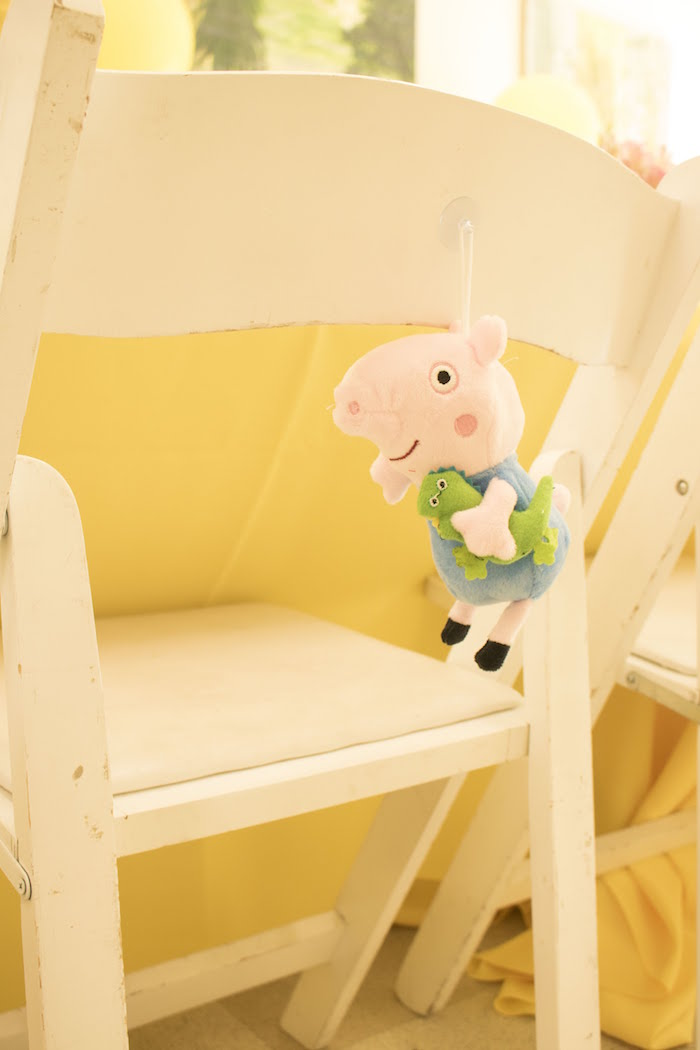 Peppa Pig Birthday Party on Kara's Party Ideas | KarasPartyIdeas.com (2)