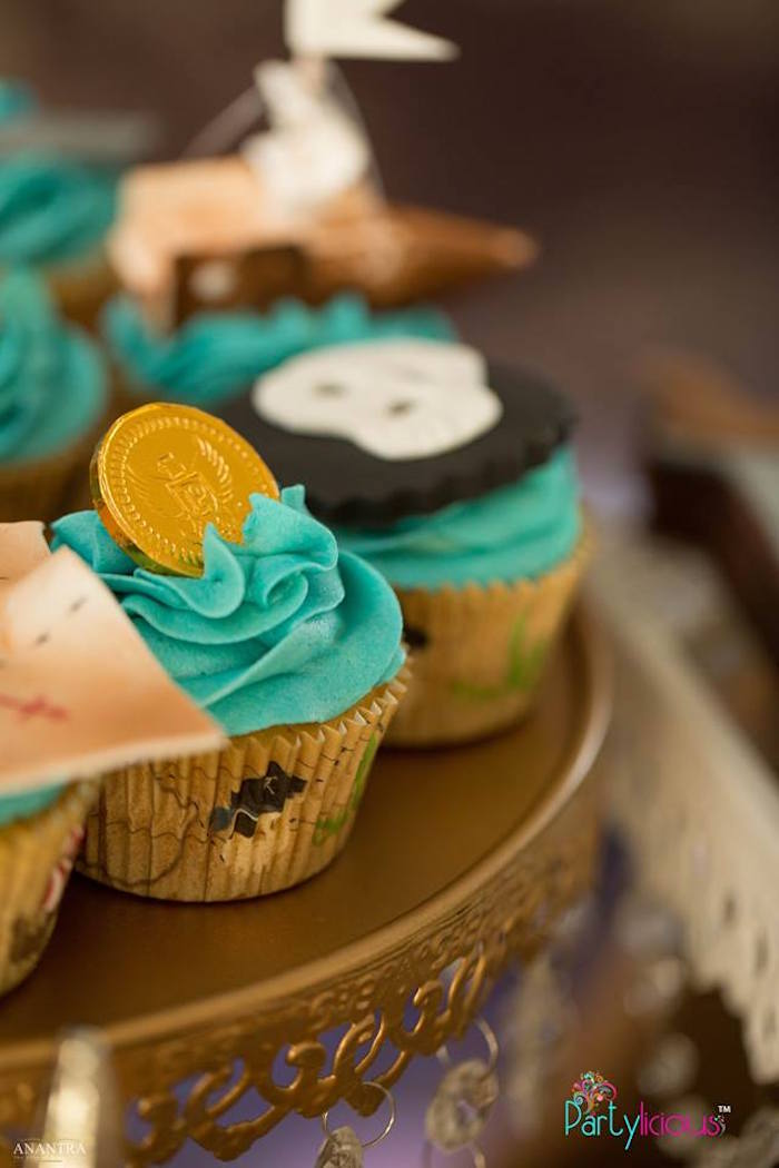 Cupcakes from a Pirates of the Caribbean Inspired Birthday Party on Kara's Party Ideas | KarasPartyIdeas.com (17)