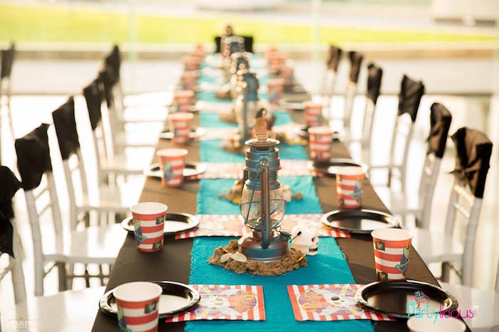 Guest Tablescape from a Pirates of the Caribbean Inspired Birthday Party on Kara's Party Ideas | KarasPartyIdeas.com (42)