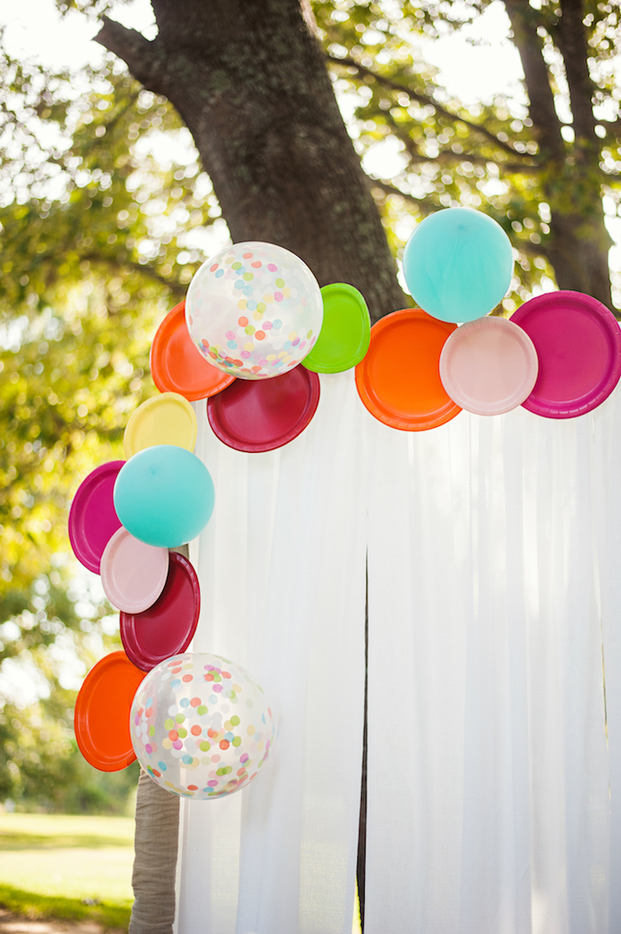 Paper Plate + Balloon Installation from a Puppies and Sprinkles Birthday Party on Kara's Party Ideas | KarasPartyIdeas.com (25)