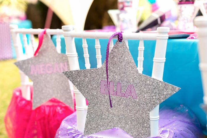 Glitter Star Seat Assignments from a Rock Star Birthday Party on Kara's Party Ideas | KarasPartyIdeas.com (13)