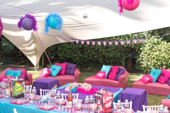 Rock Star Guest Lounge + Tablescape from a Rock Star Birthday Party on Kara's Party Ideas | KarasPartyIdeas.com (17)