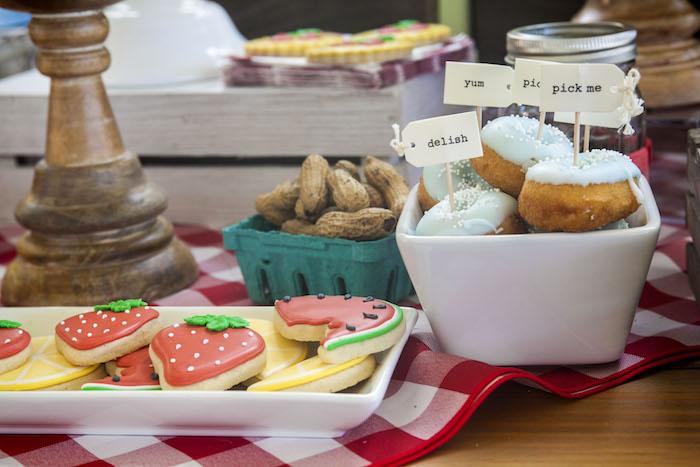Mini Doughnuts with Custom Tags from a Rustic County Fair Birthday Party on Kara's Party Ideas | KarasPartyIdeas.com (6)