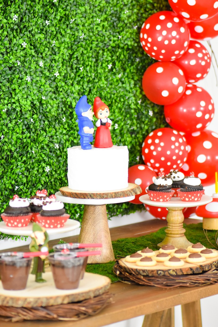 Kara S Party Ideas Sherlock Gnomes Garden Party Diy