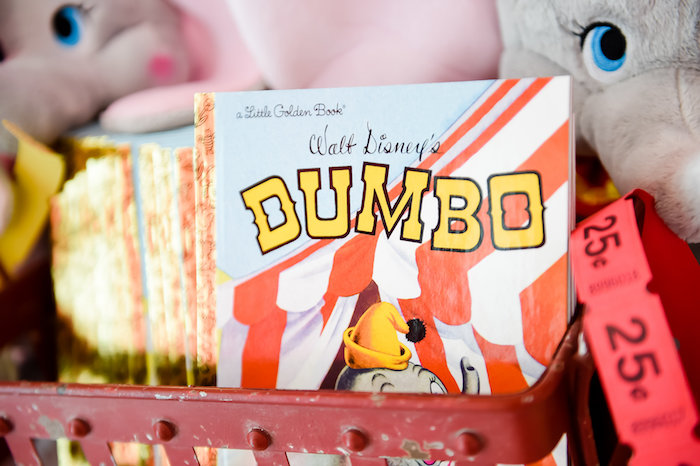 Dumbo's Circus Birthday Party on Kara's Party Ideas | KarasPartyIdeas.com (23)