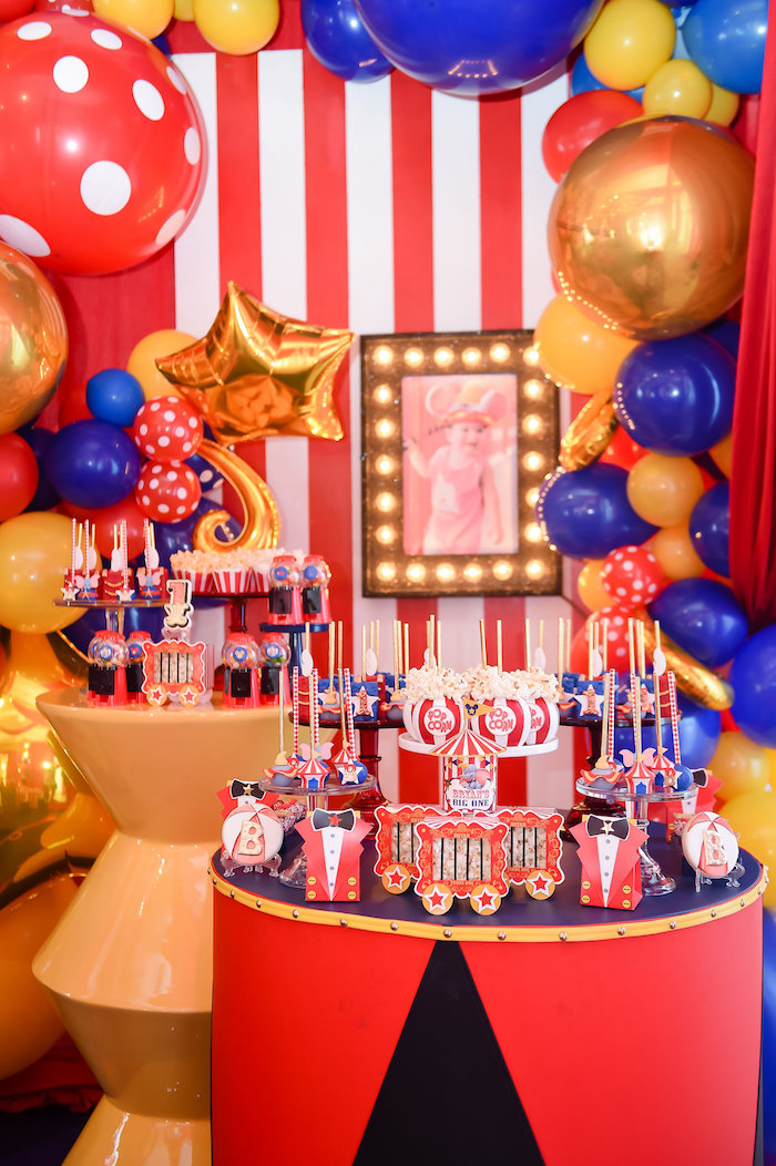 Dumbo's Circus Birthday Party on Kara's Party Ideas | KarasPartyIdeas.com (15)