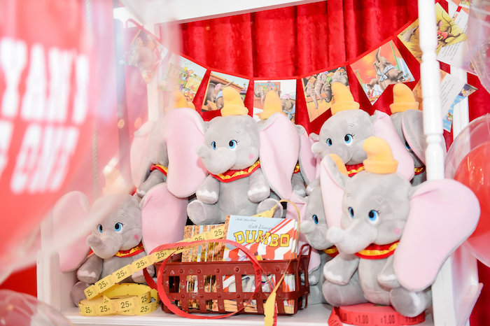 Dumbo's Circus Birthday Party on Kara's Party Ideas | KarasPartyIdeas.com (12)