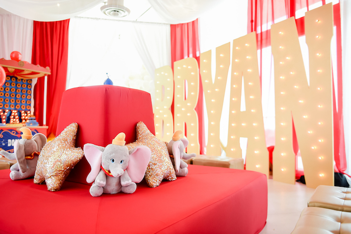Dumbo's Circus Birthday Party on Kara's Party Ideas | KarasPartyIdeas.com (30)