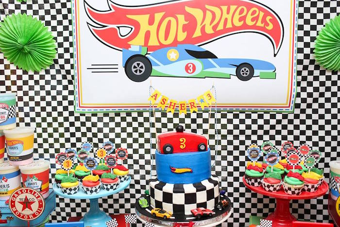Cakescape from a Hot Wheels Car Birthday Party on Kara's Party Ideas | KarasPartyIdeas.com (40)
