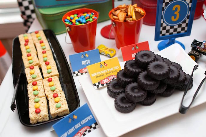 Tires and Street Light Sweets from a Hot Wheels Car Birthday Party on Kara's Party Ideas | KarasPartyIdeas.com (34)