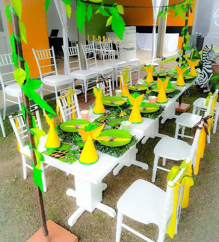 Safari Guest Table from a Madagascar Inspired Safari Party on Kara's Party Ideas | KarasPartyIdeas.com (19)