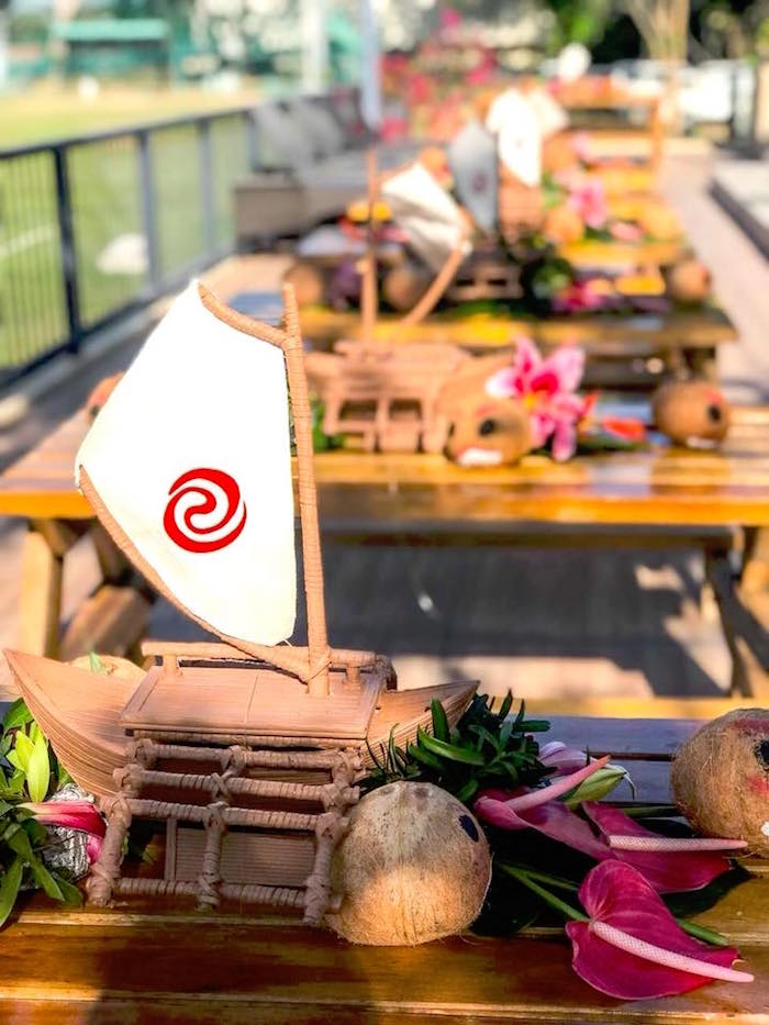 Moana Guest Table from a Moana Birthday Party Luau on Kara's Party Ideas | KarasPartyIdeas.com (8)