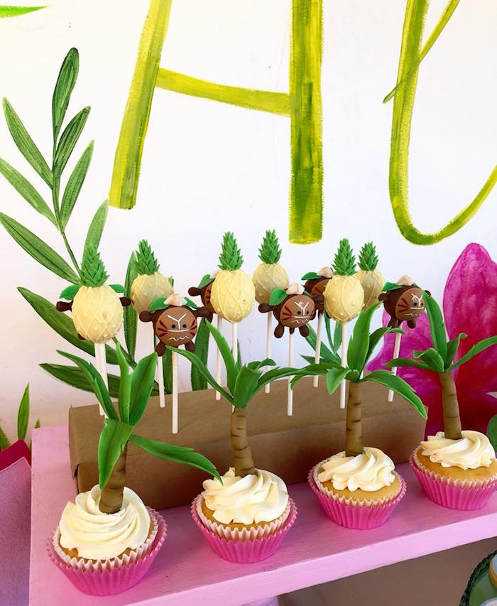 Tropical Cupcakes and Cake Pops from a Moana Birthday Party Luau on Kara's Party Ideas | KarasPartyIdeas.com (10)