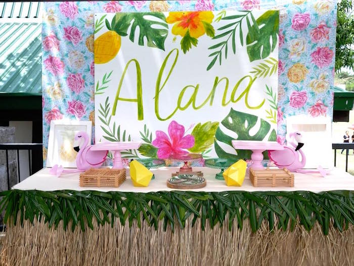 Tropical Party Table From A Moana Birthday Luau On Karas Ideas
