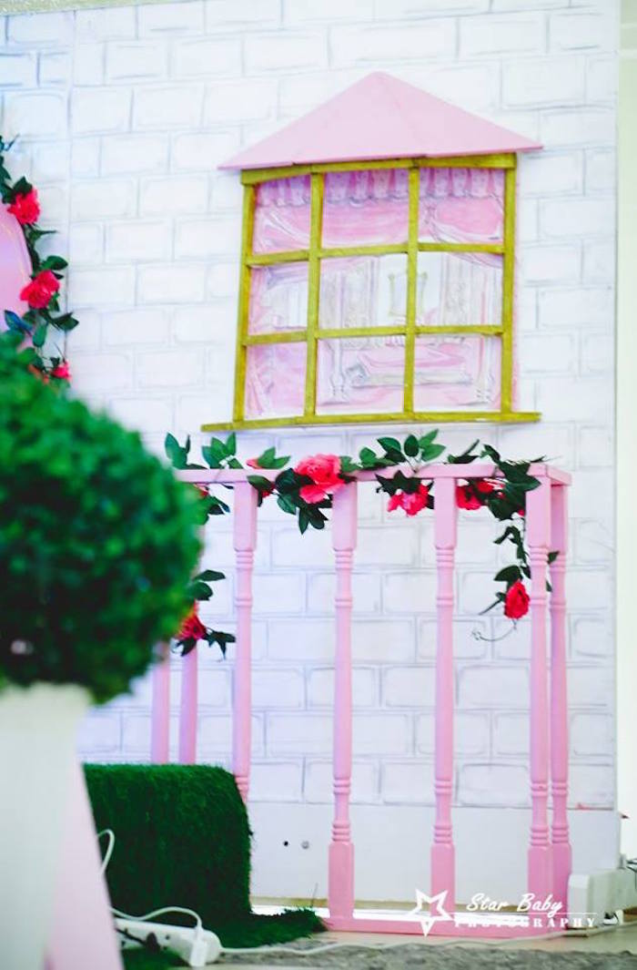 Royal Balcony from a Pink and Gold Princess Party on Kara's Party Ideas | KarasPartyIdeas.com (17)