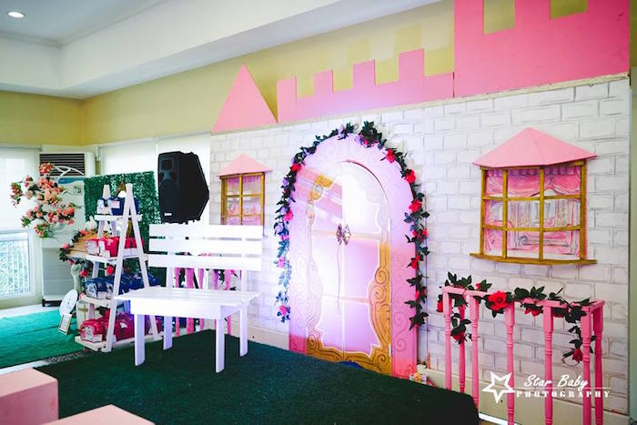 Royal Castle Backdrop from a Pink and Gold Princess Party on Kara's Party Ideas | KarasPartyIdeas.com (13)