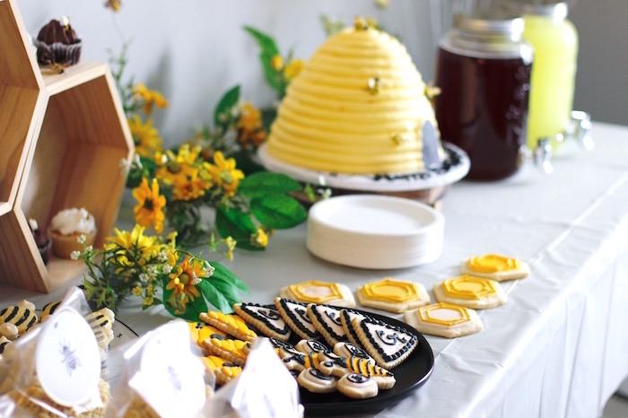 Queen Bee Birthday Party on Kara's Party Ideas | KarasPartyIdeas.com (10)