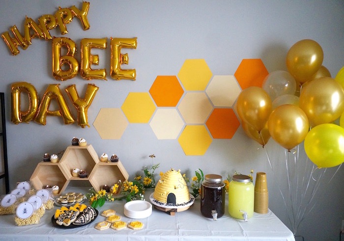 Queen Bee Birthday Party on Kara's Party Ideas | KarasPartyIdeas.com (21)
