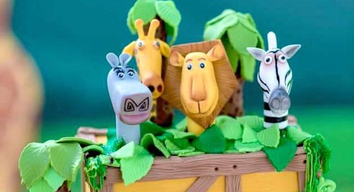 Madagascar Inspired Safari Party on Kara's Party Ideas | KarasPartyIdeas.com