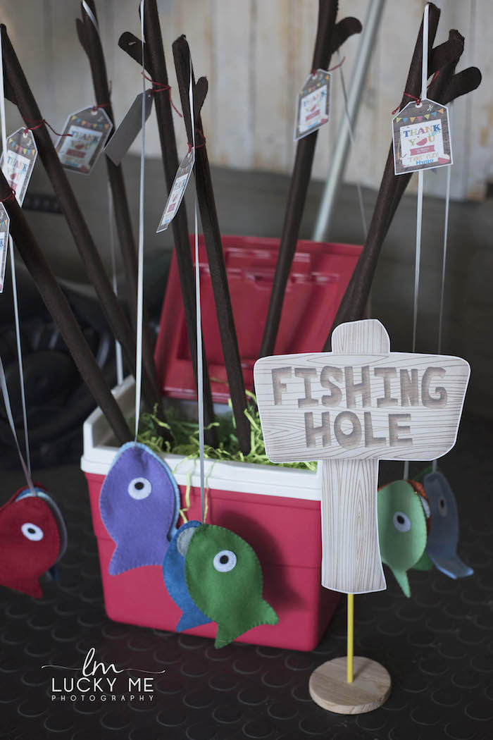 "Felt Fishing Pole Favors from an ""O-Fish-ally One"" Fishing Birthday Party on Kara's Party Ideas 