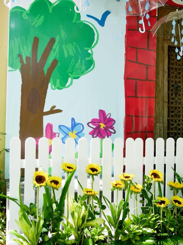 Spring Flower Backdrop from a Bookworm Birthday Party on Kara's Party Ideas | KarasPartyIdeas.com (9)