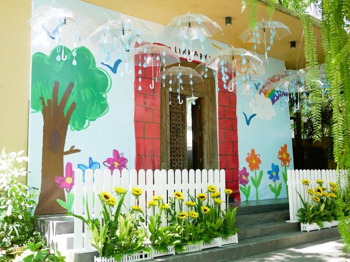 Spring Party Entrance from a Bookworm Birthday Party on Kara's Party Ideas | KarasPartyIdeas.com (5)