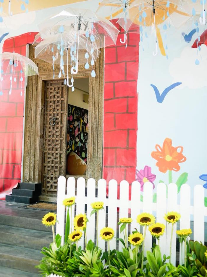 Spring Flower Backdrop from a Bookworm Birthday Party on Kara's Party Ideas | KarasPartyIdeas.com (16)
