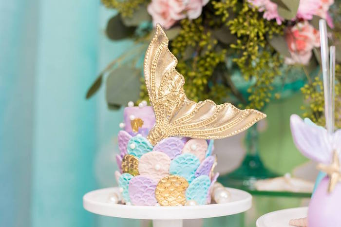 Mini Mermaid Scale Cake from a Bubble Guppies Birthday Party on Kara's Party Ideas | KarasPartyIdeas.com (15)