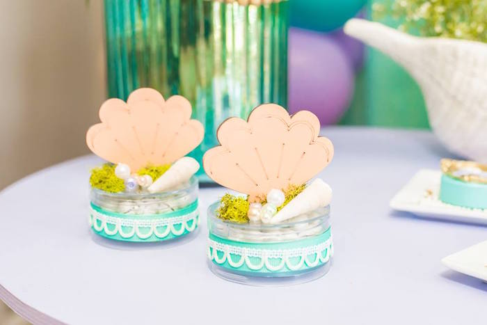 Shell Favor Boxes from a Bubble Guppies Birthday Party on Kara's Party Ideas | KarasPartyIdeas.com (7)
