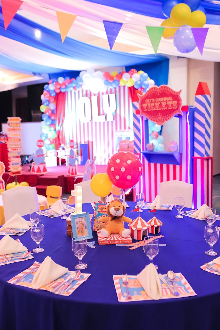 Circus Themed Guest Table from a Circus + Carnival Birthday Party on Kara's Party Ideas | KarasPartyIdeas.com (18)