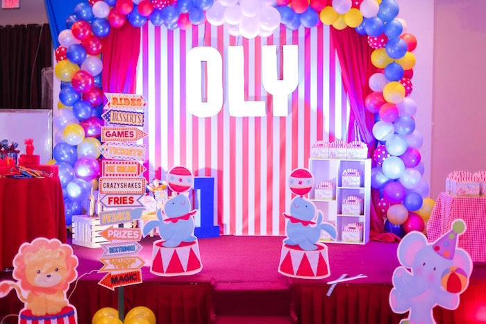 Circus Photo Booth + Stage from a Circus + Carnival Birthday Party on Kara's Party Ideas | KarasPartyIdeas.com (15)