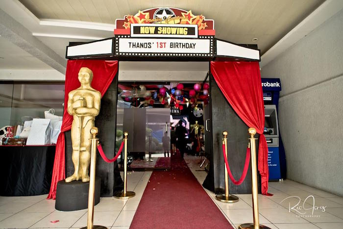 Grand Entrance from a Hollywood Movie Birthday Party on Kara's Party Ideas | KarasPartyIdeas.com (18)