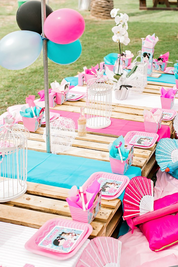 Guest Tablescape from a Japanese Garden Picnic Party on Kara's Party Ideas   KarasPartyIdeas.com (17)