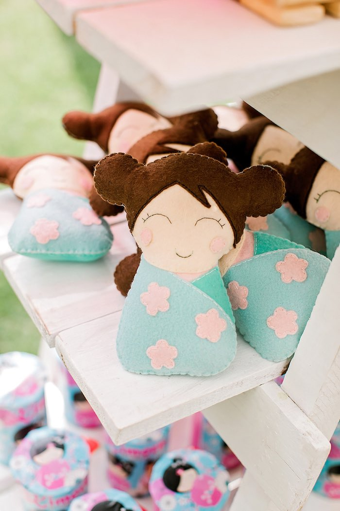 Japanese Doll Favors from a Japanese Garden Picnic Party on Kara's Party Ideas   KarasPartyIdeas.com (15)
